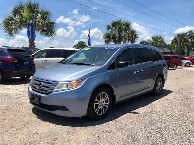 2012 Blue,Light /Grey Honda Odyssey EX-L (5FNRL5H66CB) with an 3.5l V6 MPI Sohc Vtec 3.5 engine, Automatic transmission, located at 745 East Steele Rd., West Columbia, SC, 29170, (803) 755-9148, 33.927212, -81.148483 - Photo #0