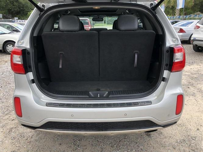 2015 Silver /Black Kia Sorento (5XYKWDA70FG) with an 3.3l V6 DI Dohc 3.3l engine, Automatic transmission, located at 745 East Steele Rd., West Columbia, SC, 29170, (803) 755-9148, 33.927212, -81.148483 - Photo #36