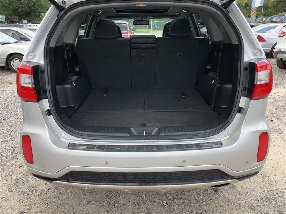 2015 Silver /Black Kia Sorento Limited (5XYKWDA70FG) with an 3.3l V6 DI Dohc 3.3l engine, Automatic transmission, located at 745 East Steele Rd., West Columbia, SC, 29170, (803) 755-9148, 33.927212, -81.148483 - Photo #37