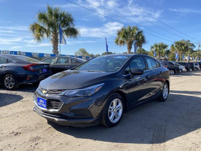 2017 Grey /Grey Chevrolet Cruze LT (1G1BE5SM1H7) with an 1.4l I-4 DI Dohc T/C 1.4l engine, Automatic transmission, located at 745 East Steele Rd., West Columbia, SC, 29170, (803) 755-9148, 33.927212, -81.148483 - Photo #0