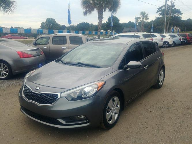 2016 Grey /Black Kia Forte LX (KNAFK5A83G5) with an 2.0l I-4 DI Dohc 2.0l engine, Automatic transmission, located at 745 East Steele Rd., West Columbia, SC, 29170, (803) 755-9148, 33.927212, -81.148483 - Photo #0