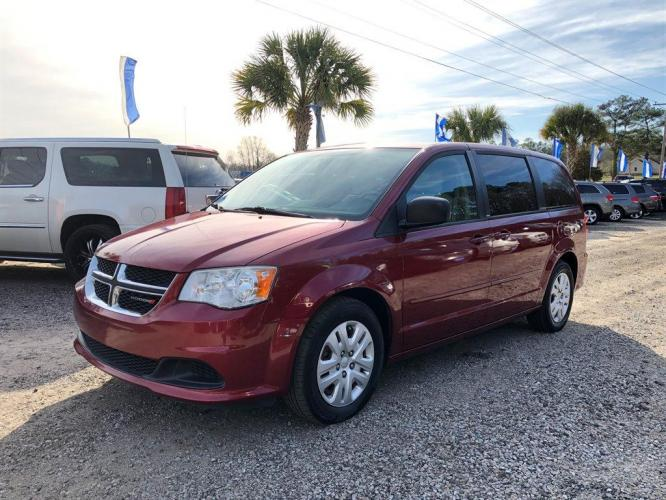 2014 Red /Tan Dodge Grand Caravan (2C4RDGBG1ER) with an 3.6l V6 MPI Dohc VVT Flex engine, Auto transmission, located at 745 East Steele Rd., West Columbia, SC, 29170, (803) 755-9148, 33.927212, -81.148483 - Photo #0