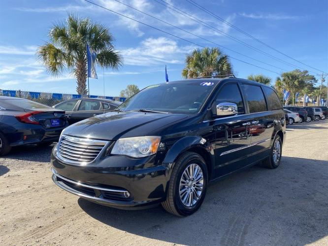 2014 Chrysler Town  and  Country Touring L