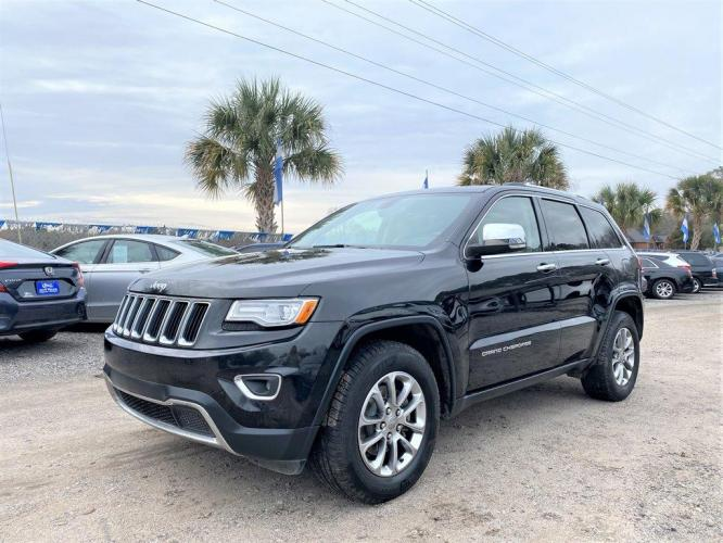 2015 Black /Tan Jeep Grand Cherokee (1C4RJEBG6FC) with an 3.6l V6 MPI Dohc VVT Flex engine, Automatic transmission, located at 745 East Steele Rd., West Columbia, SC, 29170, (803) 755-9148, 33.927212, -81.148483 - Photo #0