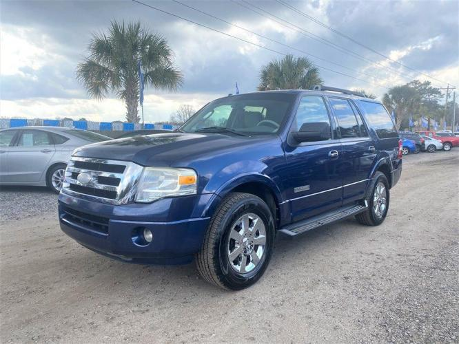 2008 Blue /Tan Ford Expedition (1FMFU15538L) with an 5.4l V8 EFI Sohc 3v 5.4l engine, Automatic transmission, located at 745 East Steele Rd., West Columbia, SC, 29170, (803) 755-9148, 33.927212, -81.148483 - Photo #0